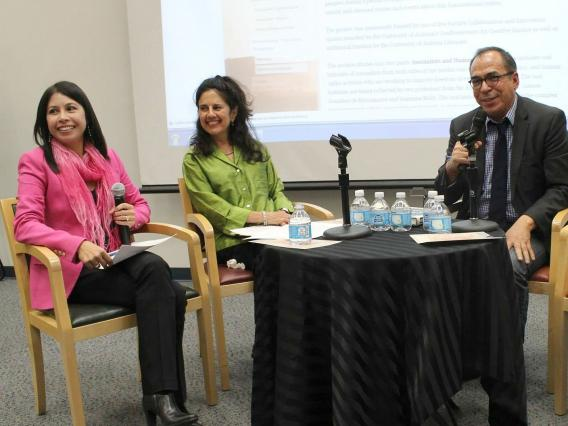 Profs. Celeste Gonzalez de Bustamante and Jeannine Relly talk about the border with journalist Alfredo Corchado,
